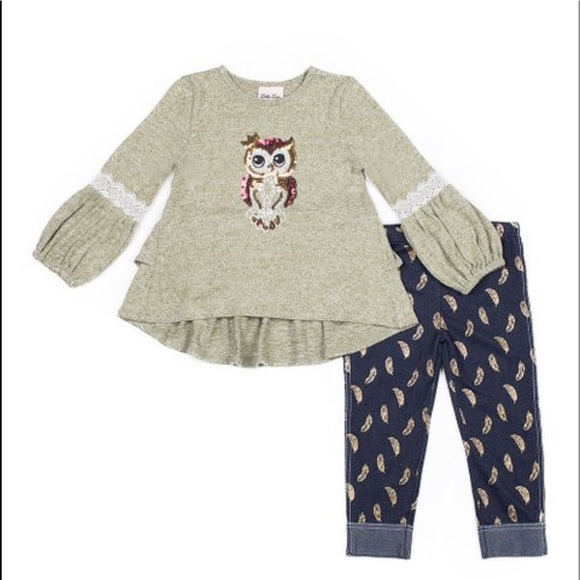 Green Puff-Sleeve Owl Top & Navy Feather Leggings